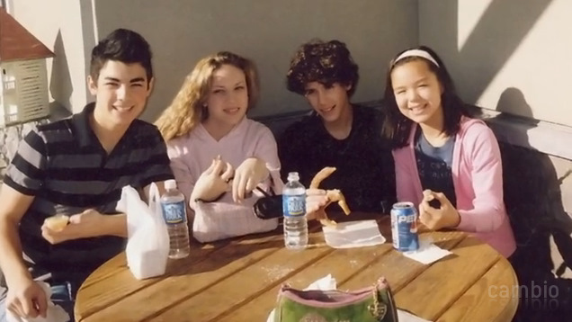 Joe, Mandy, Nick and Maya. November 2005 :/
