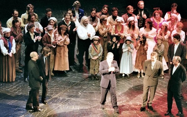 May 18th 2003. Right after the Curtain Call, when all the cast and producers came out for the speech