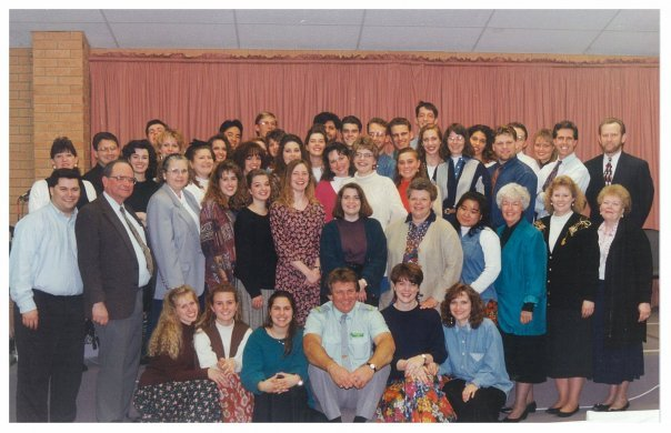 Group photo of CFNI trip to Australia/New Zealand. Kevin and Denise on the left.