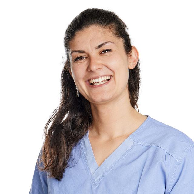 Denitsa Dobreva, Zahnärztin - Konservierende Zahnmedizin, CEREC, Prothetik