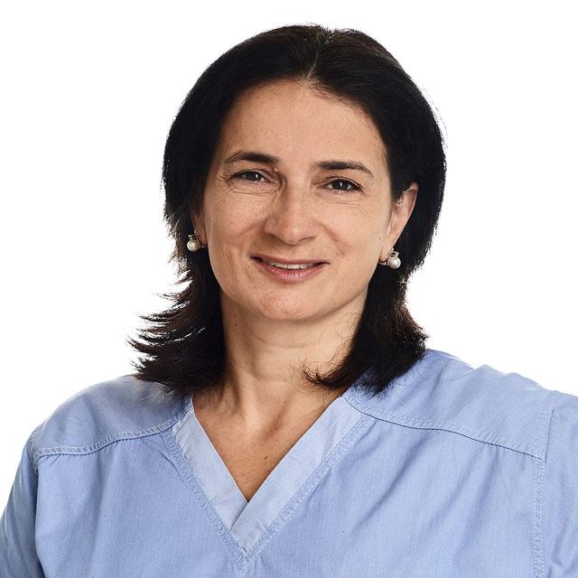 Marianna Orlando, Kieferorthopädin - Zahnstellungskorrekturen