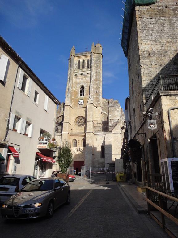 La cathédrale Saint-Pierre de Condom recto