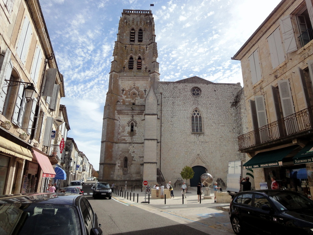 Place et Cathédrale St. Gervais et St. Protais, XVème siècle