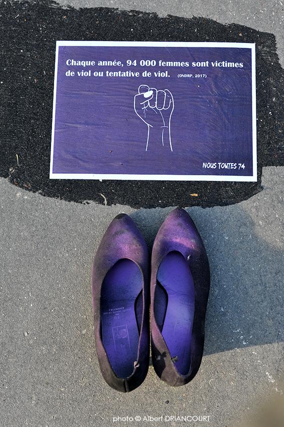 Il y les morts mais aussi les viols, les violences, les insultes, les gestes  et paroles déplacées...