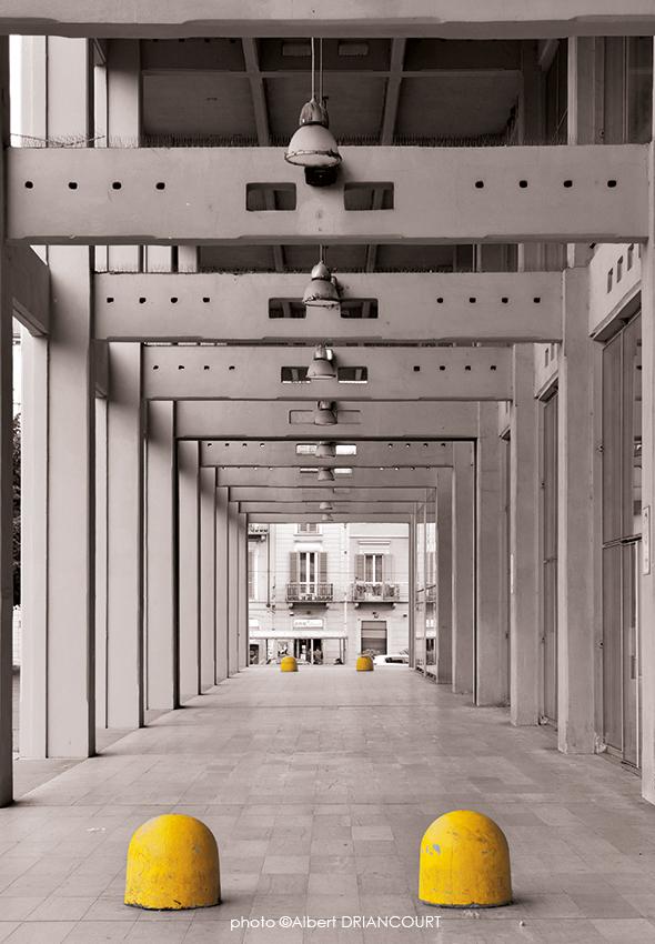 Perspective architecturale avec cette photo de l'ancienne usine Fiat à Turin