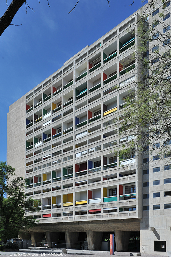 La Cité Radieuse à Marseille conçue par l'architecte Le Corbusier, inaugurée en 1952
