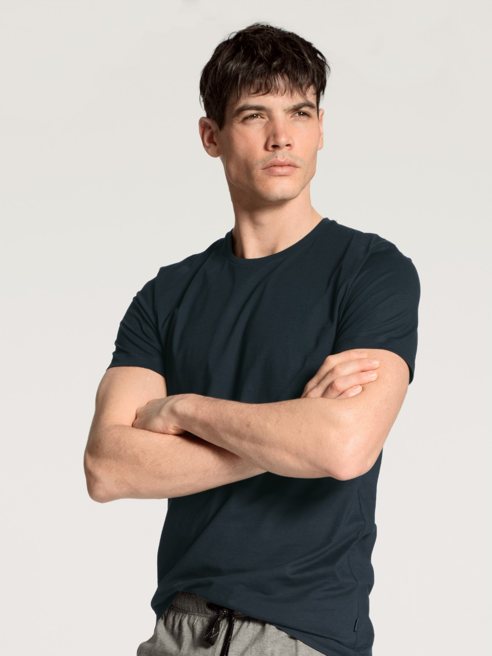 14081 479 tee-shirt marine 100% coton jersey Prix : 34.95 €