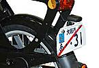 国内道交法に合わせてランプ付きライセンスホルダーを標準で装備