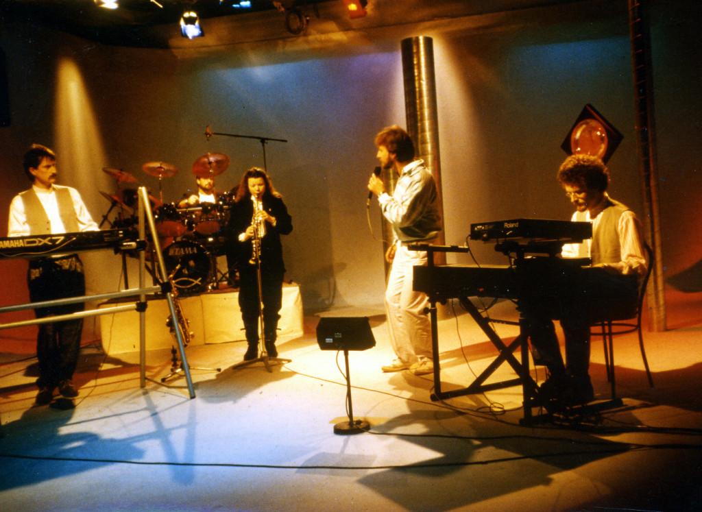 Mit Band bei TV Aufnamen von CMP