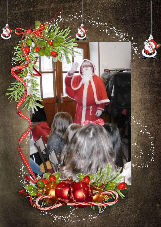 Le père Noël tant attendu arrive.