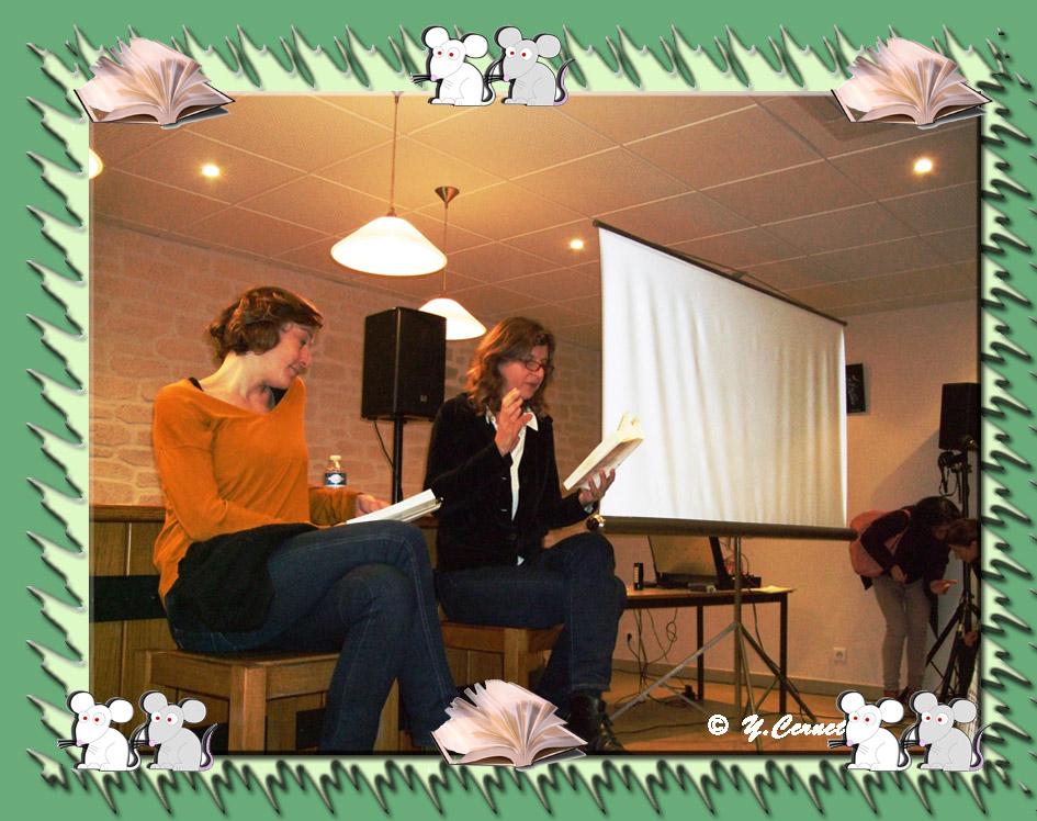 """Lecture à deux du roman """"Que font les rennes après Noël ?"""" :  (Olivia Rosenthal  Romancière et Julie Moulier Comédienne)"""