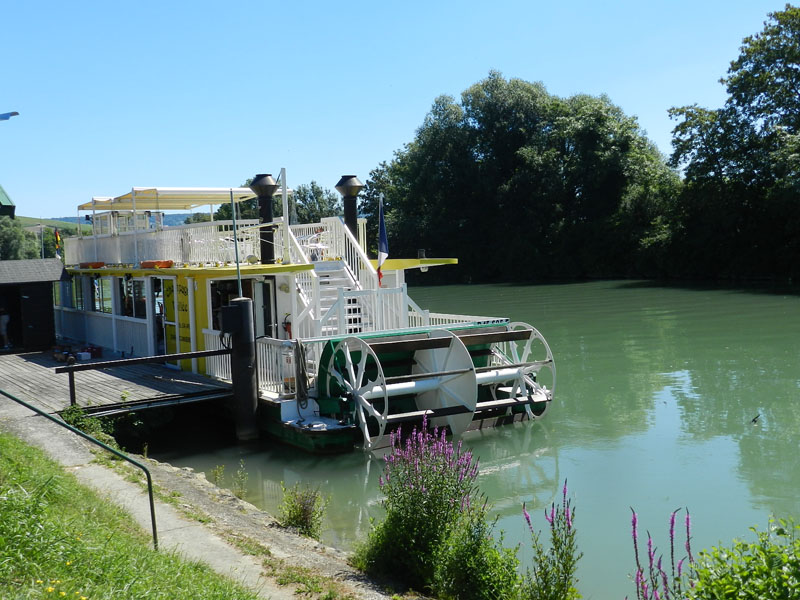 Le bateau Champagne vallée