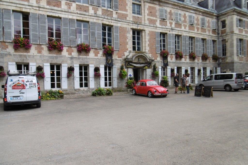 Le château de Dormans.