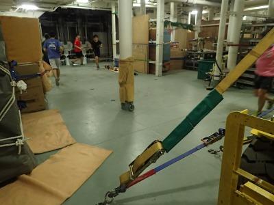 第三船倉でのトレーニング。