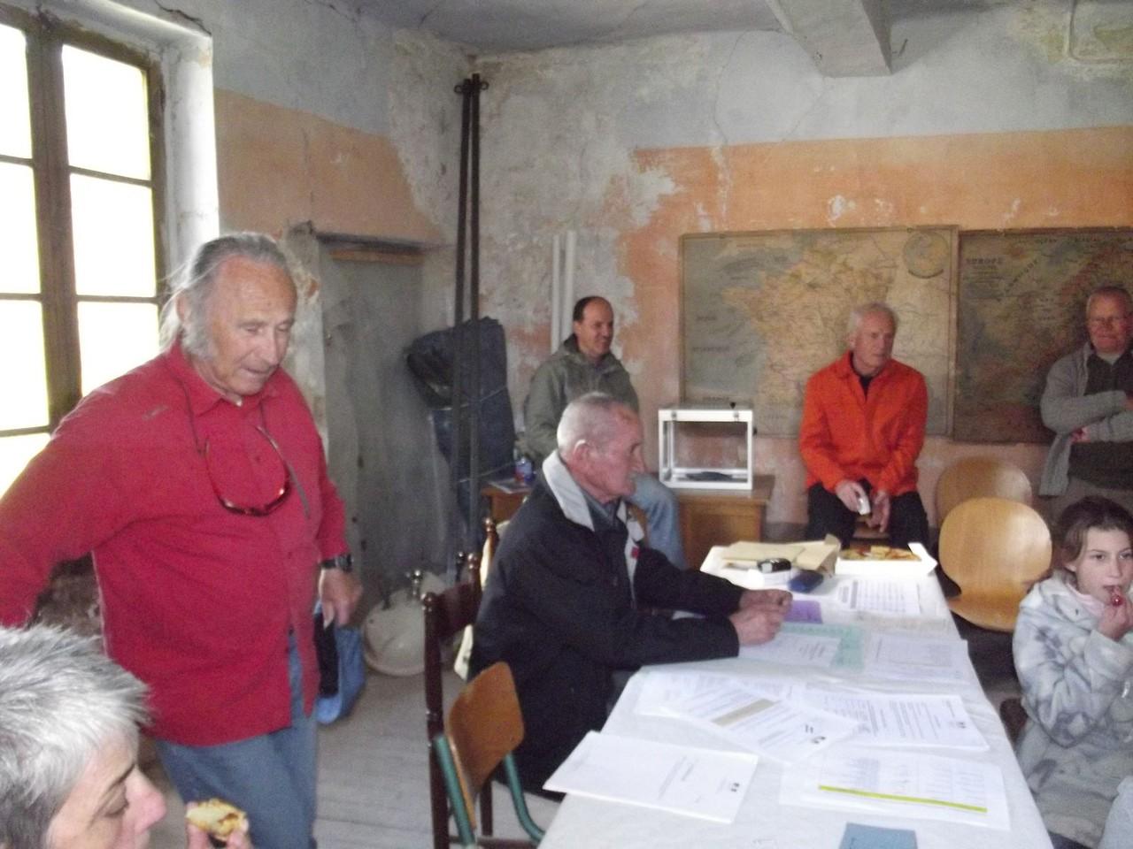 Mairie Esparron 22 avril 2012