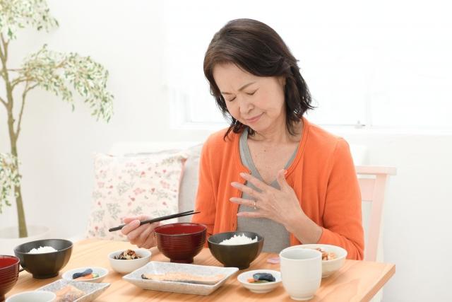 冷え性はなぜ女性に多い?胃の不調に効くツボについて(名古屋市天白区の鍼灸院‐大根治療院)