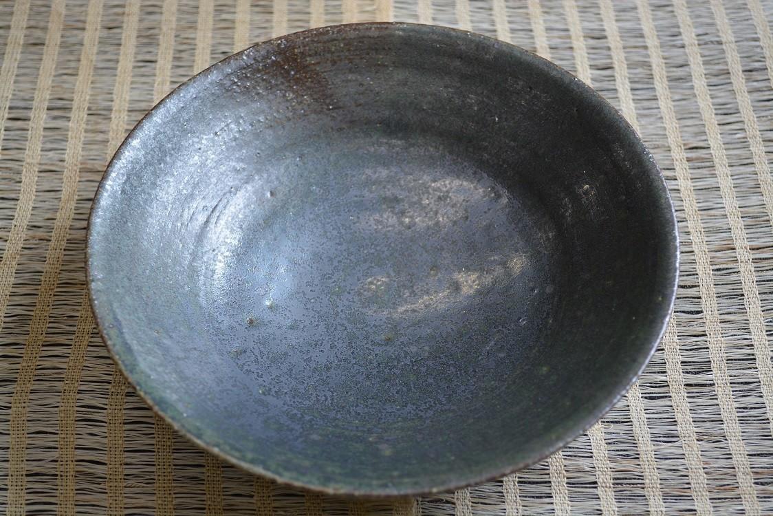 直径18.5センチの中鉢です。