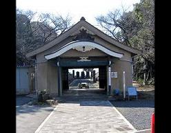 撤去された礼拝堂(ネットより)