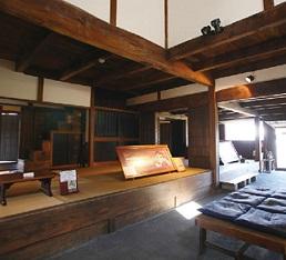 高崎家の内部