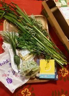 季節の豆 竹の子 お土産届いた荷物