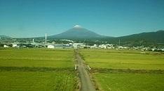 初めて裾野まで見えた富士山