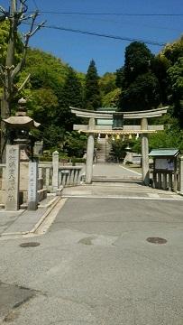 竹原礒の宮八幡神社      境内に徳富蘇峰選の碑もある