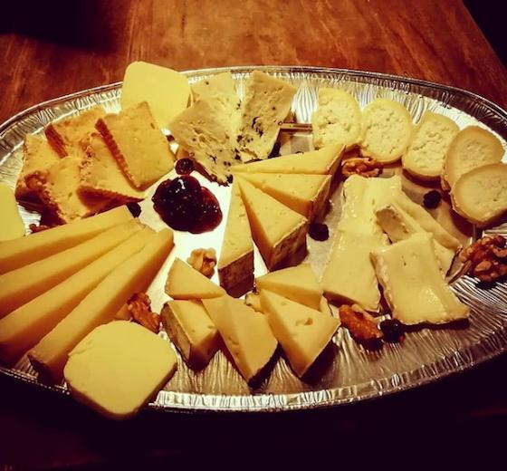 Echt französisch ! ZOOM Käse- und Weintasting