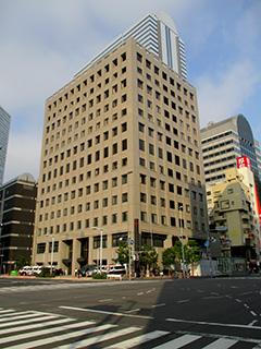 新宿警察署の建物