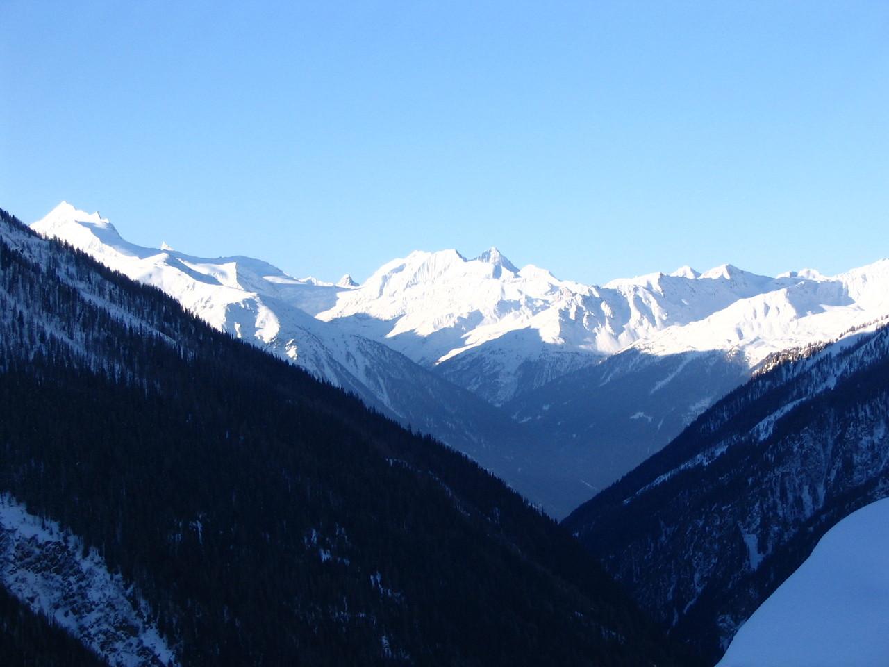 Das Weisshorn ist ein 4'505 m ü. M. hoher Berg in den Walliser Alpen mit der Form einer von drei scharfen Graten gebildeten ebenmässigen Pyramide. Die Erstbesteigung des Weisshorns erfolgte am 19. August 1861 durch John Tyndall, Johann Joseph Brennen.