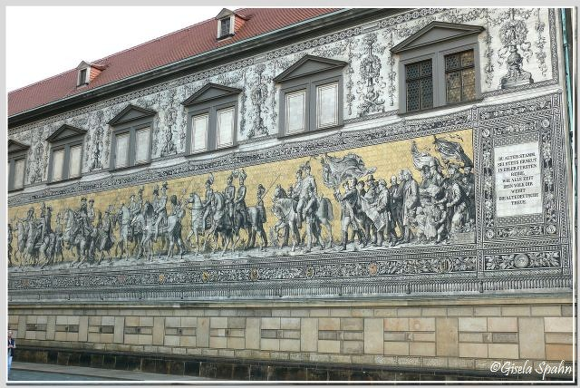 Fürstenzug aus Meißner Porzellankacheln