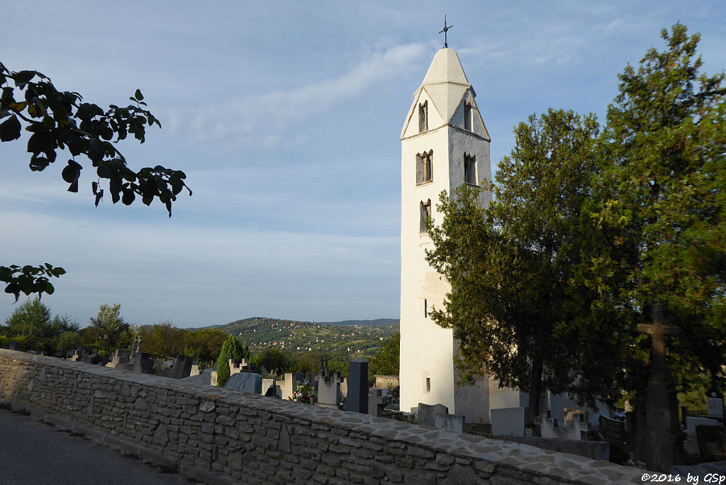 die im XIII. Jhdt.erbaute Arpaden-Kirche in Egregy