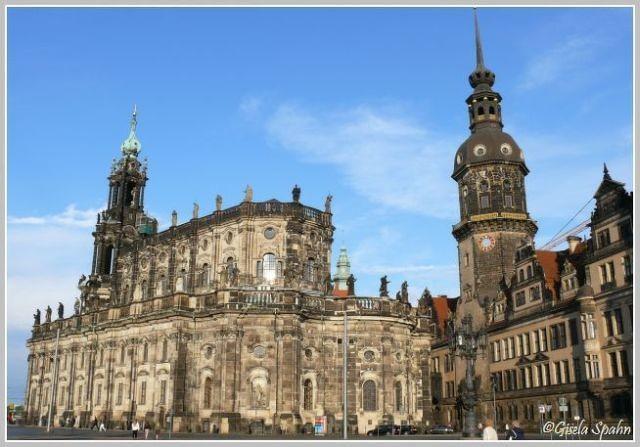 Kathedrale St. Trinitatis (Kath. Hofkirche) und Residenzschloss m. Hausmannsturm
