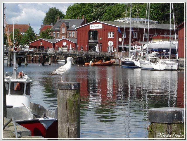 Der Hafen in Eckernförde (einer der Landarzt-Drehorte)