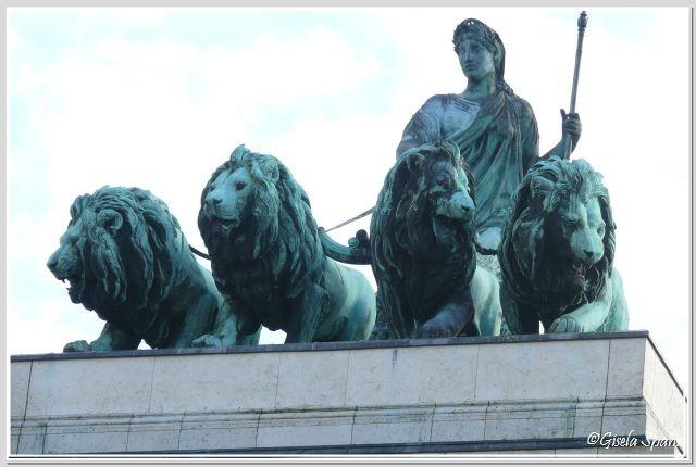 Bavaria mit Löwenquadriga