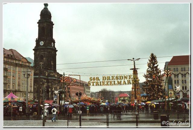 Kreuzkirche und Striezelmarkt