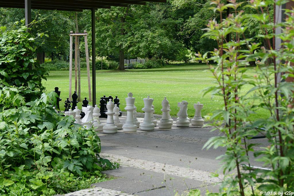 Pergolagarten Bodenspiele
