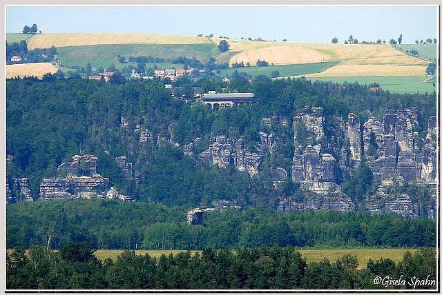 Bastei von Königstein aus gesehen