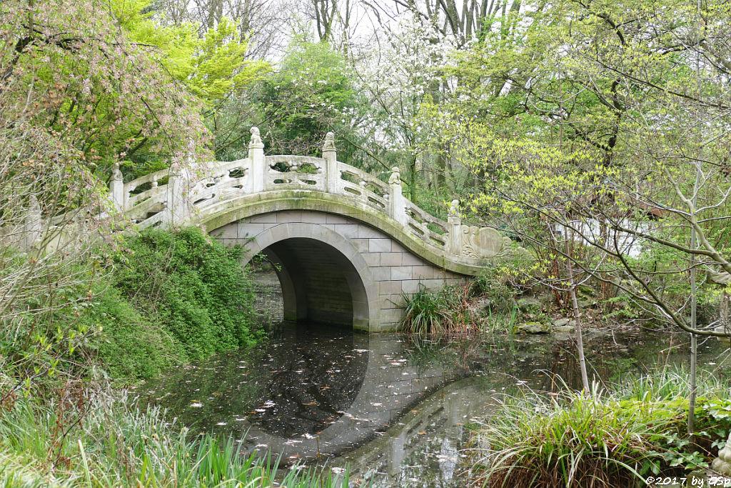 Marmorbrücke im Chinesischen Garten