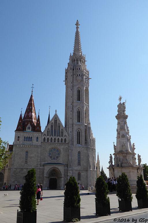 Matthiaskirche mit Dreifaltigkeitssäule