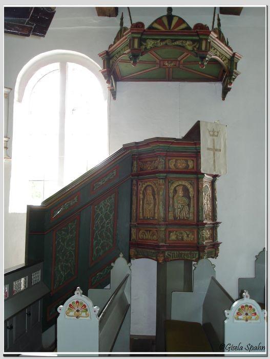 In der Fischerkirche in Arnis: Die Kanzel