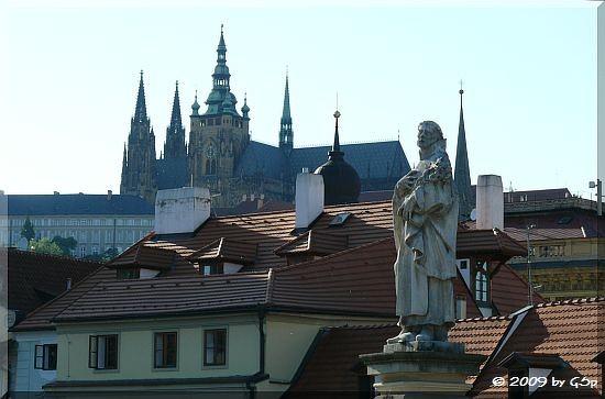 Burg mit St. Veits Kirche