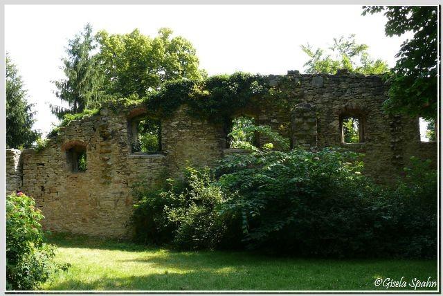 Künstliche Ruine