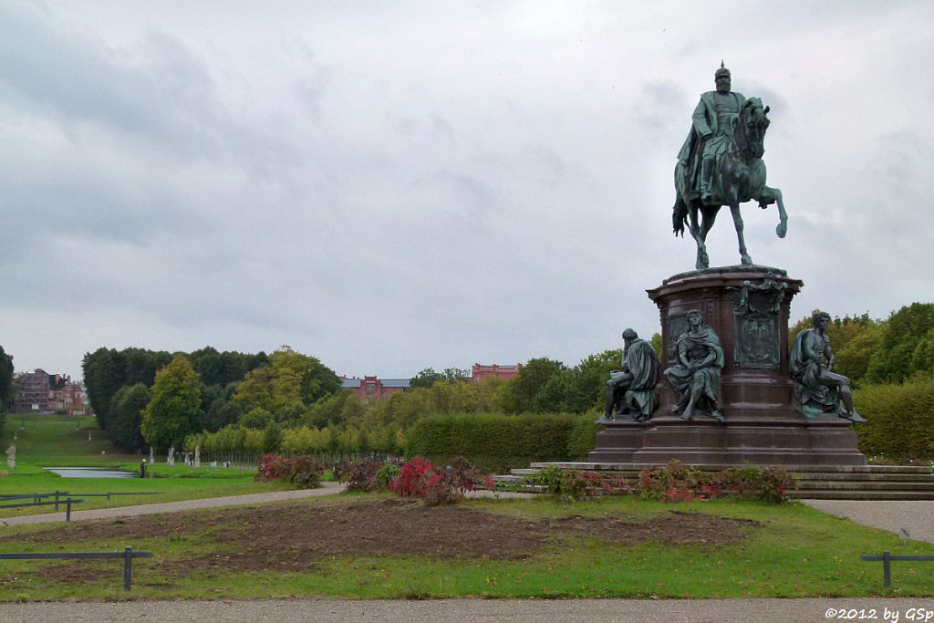 Reiterdenkmal Friedrich Franz II.