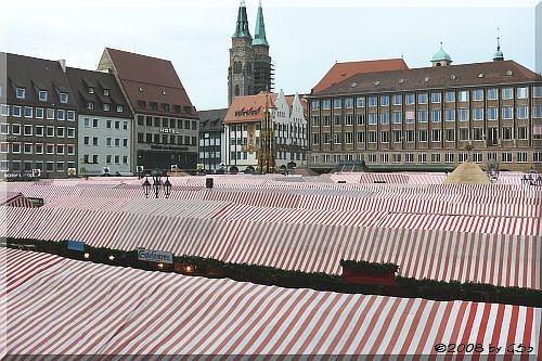 Hauptmarkt und Sebald-Kirche