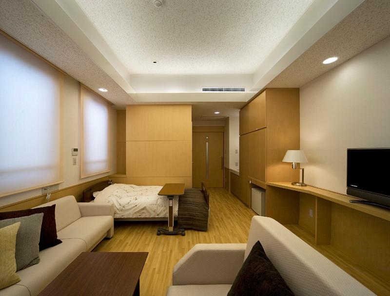 ご主人も宿泊可能な個室病室