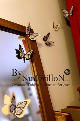 Papillons décoratifs en papier. Tous droits réservés.