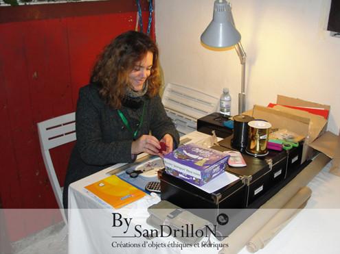 """Sandra alias By Sandrillon au marché de noël du Haras national de Lamballe """"Les écuries du Père Noël"""". . Tous droits réservés."""