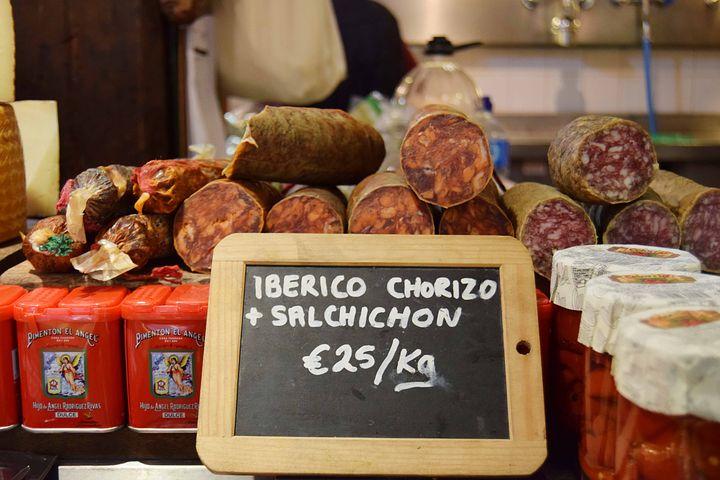 Algarve Magazin in Portugal,geeignet für Rezepte und zubereitung mit der Chouriço,beste Magazin in Portugal.