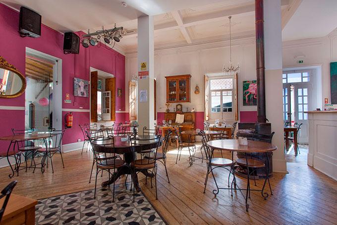 Café Inglês in Silves,Algarve,Portugal geeignet für Frühstück,Feste und Gebusrtstagsfeier