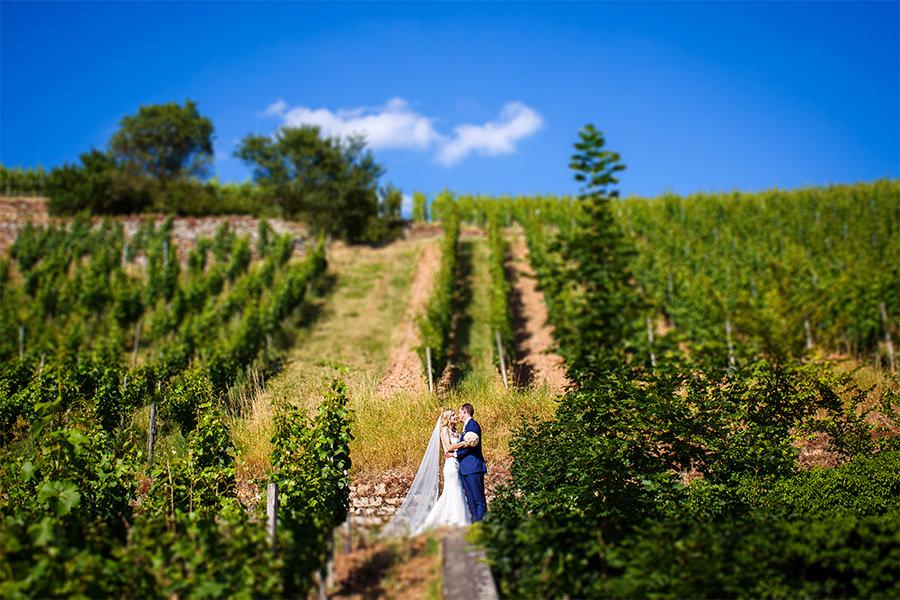 Brautpaarshooting in den Weinbergen